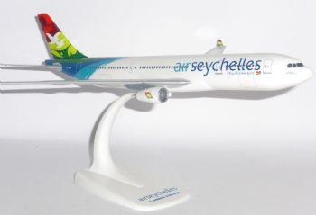 Airbus A330-200 Air Seychelles Collectors Desktop Model Scale 1:200 S7-ADB E